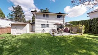 """Photo 17: 8221 145A Street in Surrey: Bear Creek Green Timbers House for sale in """"Enver Creek"""" : MLS®# R2359887"""