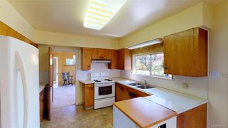 Photo 11: 3790 Oxford St in BURNABY: Mn Mainland Proper Single Family Detached for sale (Mainland)  : MLS®# 813542