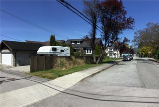 Photo 4: 3790 Oxford St in BURNABY: Mn Mainland Proper Single Family Detached for sale (Mainland)  : MLS®# 813542