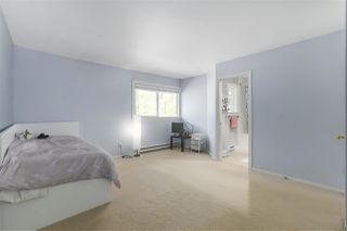 "Photo 16: 2958 MT SEYMOUR Parkway in North Vancouver: Northlands Townhouse for sale in ""McCartney Lane"" : MLS®# R2371321"