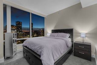 """Photo 9: 3405 1077 W CORDOVA Street in Vancouver: Coal Harbour Condo for sale in """"Shaw Tower"""" (Vancouver West)  : MLS®# R2371479"""