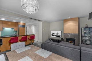 """Photo 7: 3405 1077 W CORDOVA Street in Vancouver: Coal Harbour Condo for sale in """"Shaw Tower"""" (Vancouver West)  : MLS®# R2371479"""
