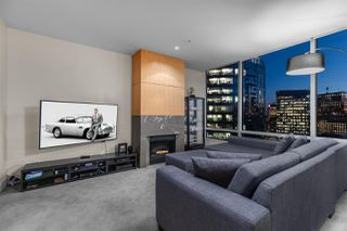 """Photo 8: 3405 1077 W CORDOVA Street in Vancouver: Coal Harbour Condo for sale in """"Shaw Tower"""" (Vancouver West)  : MLS®# R2371479"""