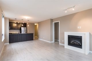 "Photo 4: 1107 39 SIXTH Street in New Westminster: Downtown NW Condo for sale in ""QUANTUM"" : MLS®# R2371765"