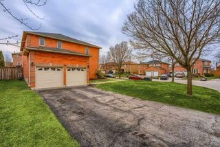 Photo 2: 30 Withay Drive in Ajax: Central West House (2-Storey) for sale : MLS®# E4464691
