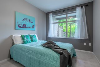 """Photo 9: 101 300 KLAHANIE Drive in Port Moody: Port Moody Centre Condo for sale in """"TIDES"""" : MLS®# R2375943"""
