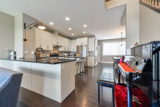 Photo 10: 7442 MAY Common in Edmonton: Zone 14 Attached Home for sale : MLS®# E4160414