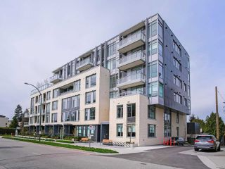 "Photo 1: 202 523 W KING EDWARD Avenue in Vancouver: Cambie Condo for sale in ""THE REGENT"" (Vancouver West)  : MLS®# R2379744"