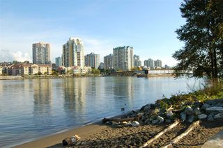 "Photo 19: 313 83 STAR Crescent in New Westminster: Queensborough Condo for sale in ""Residences by the River"" : MLS®# R2379865"