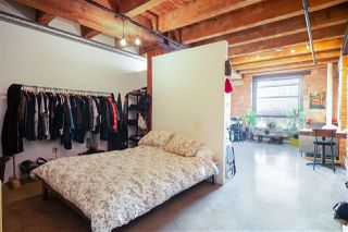 """Photo 11: 418 55 E CORDOVA Street in Vancouver: Downtown VE Condo for sale in """"Koret Lofts"""" (Vancouver East)  : MLS®# R2380964"""
