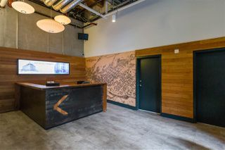 """Photo 2: 418 55 E CORDOVA Street in Vancouver: Downtown VE Condo for sale in """"Koret Lofts"""" (Vancouver East)  : MLS®# R2380964"""