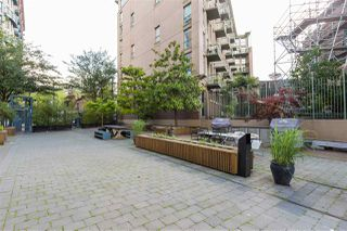 """Photo 19: 418 55 E CORDOVA Street in Vancouver: Downtown VE Condo for sale in """"Koret Lofts"""" (Vancouver East)  : MLS®# R2380964"""