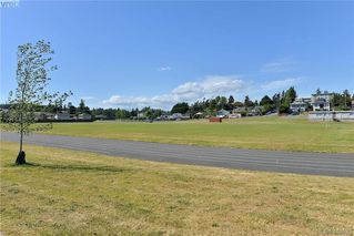 Photo 17: 203 877 Ellery St in VICTORIA: Es Old Esquimalt Condo Apartment for sale (Esquimalt)  : MLS®# 818022