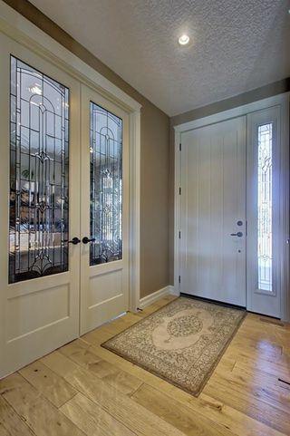 Photo 3: 87 WEST POINTE Manor: Cochrane Detached for sale : MLS®# C4256427