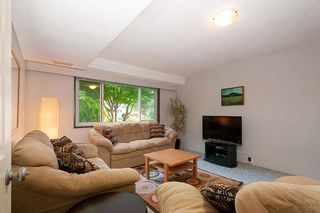 Photo 12: 4576 COVE CLIFF Road in North Vancouver: Deep Cove House for sale : MLS®# R2386100