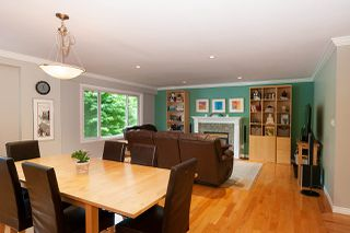 Photo 5: 4576 COVE CLIFF Road in North Vancouver: Deep Cove House for sale : MLS®# R2386100