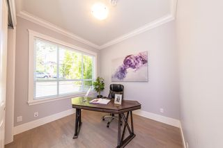 Photo 3: 3654 E PENDER Street in Vancouver: Renfrew VE House for sale (Vancouver East)  : MLS®# R2389881