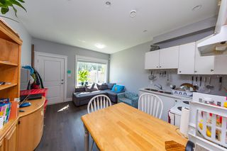 Photo 14: 3654 E PENDER Street in Vancouver: Renfrew VE House for sale (Vancouver East)  : MLS®# R2389881