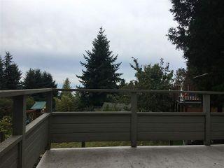 Photo 3: 5169 CHAPMAN Road in Sechelt: Sechelt District House for sale (Sunshine Coast)  : MLS®# R2409855