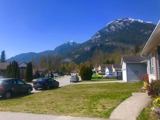 "Photo 17: 1046 EDGEWATER Crescent in Squamish: Northyards House for sale in ""EDGEWATER CRESCENT"" : MLS®# R2451801"