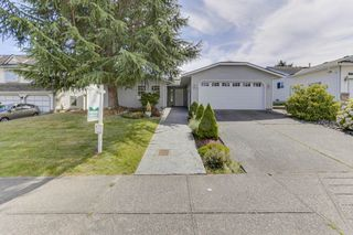 Photo 1: 16726 80 Avenue in Surrey: Fleetwood Tynehead House for sale : MLS®# R2479899