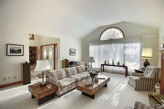 Photo 16: 140 WOODACRES Drive SW in Calgary: Woodbine Detached for sale : MLS®# A1024831