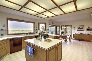 Photo 6: 140 WOODACRES Drive SW in Calgary: Woodbine Detached for sale : MLS®# A1024831