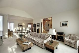 Photo 17: 140 WOODACRES Drive SW in Calgary: Woodbine Detached for sale : MLS®# A1024831