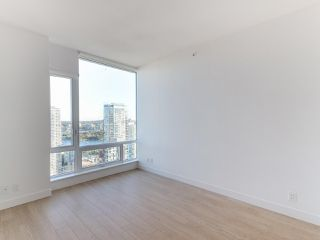 """Photo 5: 3505 1283 HOWE Street in Vancouver: Downtown VW Condo for sale in """"TATE DOWNTOWN"""" (Vancouver West)  : MLS®# R2496200"""