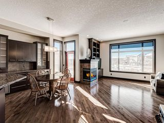 Photo 3: 5 Val Gardena View SW in Calgary: Springbank Hill Detached for sale : MLS®# A1043905