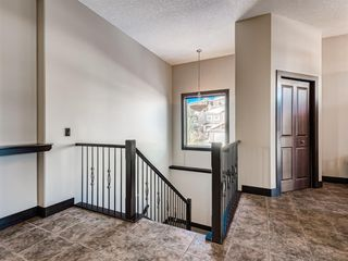 Photo 17: 5 Val Gardena View SW in Calgary: Springbank Hill Detached for sale : MLS®# A1043905