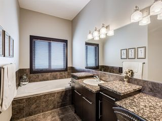 Photo 27: 5 Val Gardena View SW in Calgary: Springbank Hill Detached for sale : MLS®# A1043905