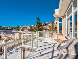 Photo 13: 5 Val Gardena View SW in Calgary: Springbank Hill Detached for sale : MLS®# A1043905