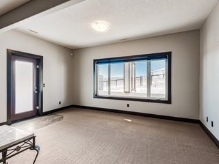 Photo 30: 5 Val Gardena View SW in Calgary: Springbank Hill Detached for sale : MLS®# A1043905