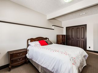 Photo 34: 5 Val Gardena View SW in Calgary: Springbank Hill Detached for sale : MLS®# A1043905
