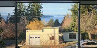 Photo 2: 5104 BETTY Road in Sechelt: Sechelt District House for sale (Sunshine Coast)  : MLS®# R2523102