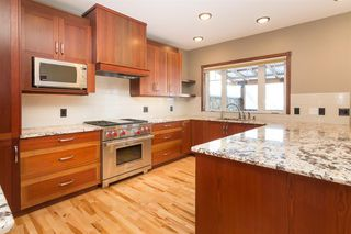 Photo 12: 230 24 Avenue NE in Calgary: Tuxedo Park Detached for sale : MLS®# A1057566