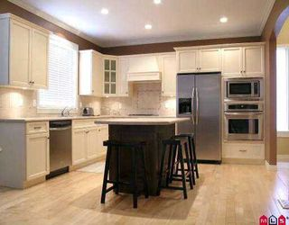 "Photo 2: 3182 STATION RD in Abbotsford: Aberdeen House for sale in ""STATION PLACE"" : MLS®# F2604283"