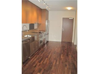"""Photo 4: 304 251 E 7TH Avenue in Vancouver: Mount Pleasant VE Condo for sale in """"District"""" (Vancouver East)  : MLS®# V935031"""