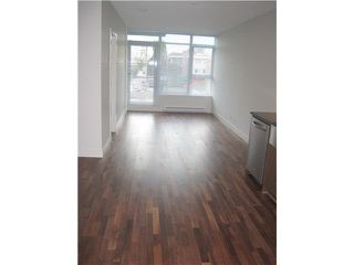 """Photo 3: 304 251 E 7TH Avenue in Vancouver: Mount Pleasant VE Condo for sale in """"District"""" (Vancouver East)  : MLS®# V935031"""