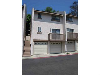 Photo 1: CLAIREMONT Condo for sale : 2 bedrooms : 5582 Caminito Roberto in San Diego