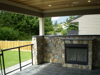 Photo 13: 4565 RANGER Avenue in North Vancouver: Canyon Heights NV House for sale : MLS®# V946599
