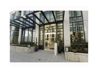 "Photo 9: 1803 1255 SEYMOUR Street in Vancouver: Downtown VW Condo for sale in ""ELAN"" (Vancouver West)  : MLS®# V963640"