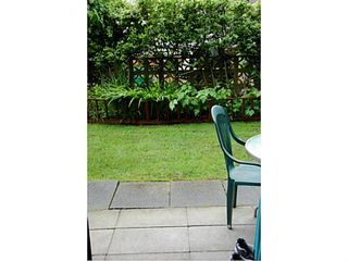 """Photo 3: 102 391 E 7TH Avenue in Vancouver: Mount Pleasant VE Condo for sale in """"OAKWOOD PARK"""" (Vancouver East)  : MLS®# V1009572"""