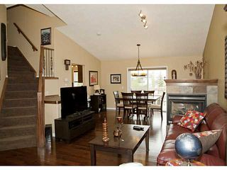 Photo 3: 236 HILLCREST Court: Strathmore Residential Detached Single Family for sale : MLS®# C3576153