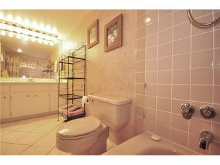 "Photo 10: 910 6631 MINORU Boulevard in Richmond: Brighouse Condo for sale in ""REGENCY PARK TOWERS"" : MLS®# V1023296"