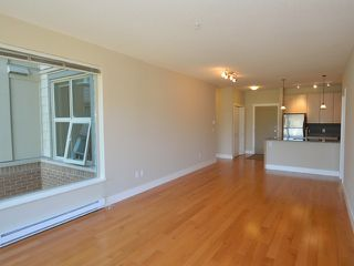 Photo 6: # 306 6268 EAGLES DR in Vancouver: University VW Condo for sale (Vancouver West)  : MLS®# V1040013