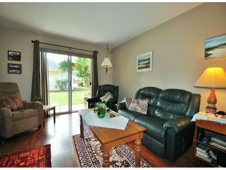 "Photo 3: 7 32286 7TH Avenue in Mission: Mission BC Townhouse for sale in ""LUTHER PLACE"" : MLS®# F1420341"