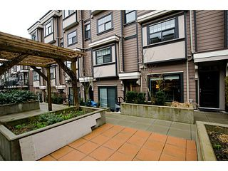 Photo 1: # 113 828 ROYAL AV in New Westminster: Downtown NW Condo for sale : MLS®# V1106214