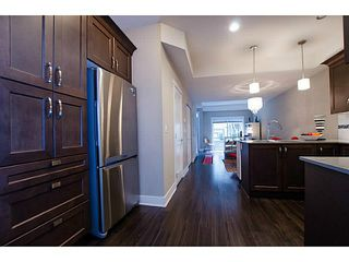 Photo 9: # 113 828 ROYAL AV in New Westminster: Downtown NW Condo for sale : MLS®# V1106214